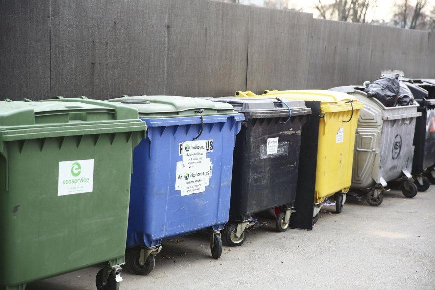 Įprasti atliekų konteineriai