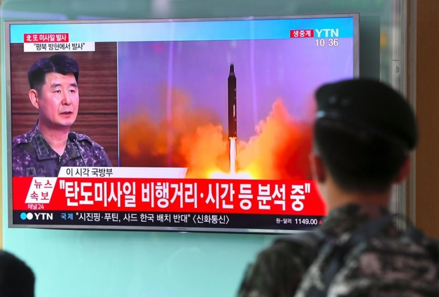 Šiaurės Korėjoje atliktas dar vienas raketos bandymas