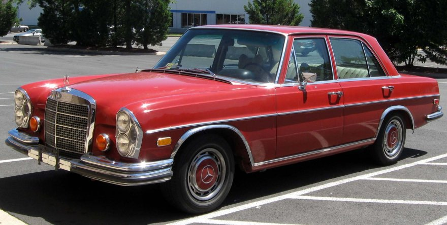 """Mercedes-Benz 108"""