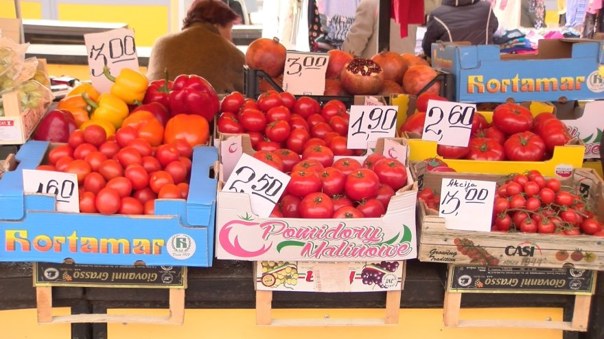 Daržovių kainos turguje