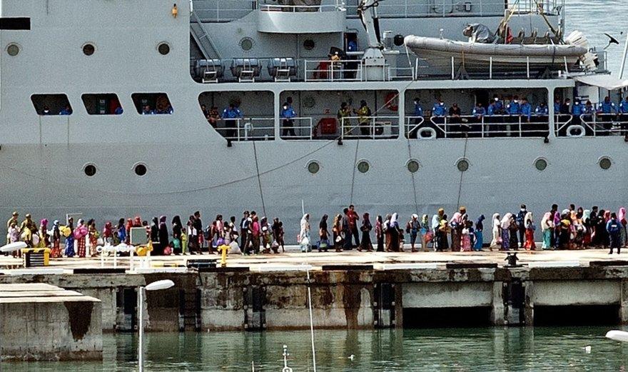 Malaizija sugrąžino pabėgėlių laivus