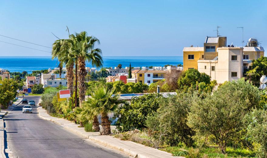 123rf.com /Kelias prie jūros Pafose, Kipre