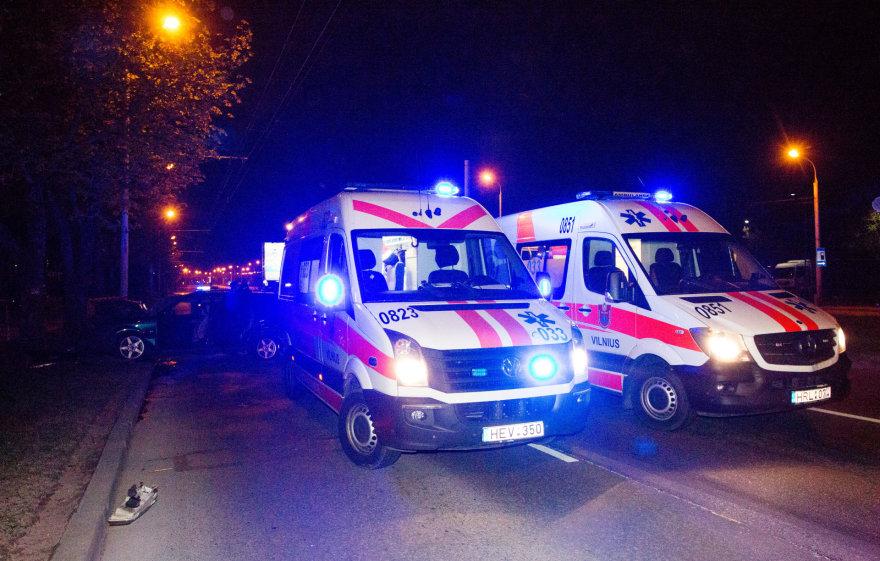 Girto vairuotojo sukeltos avarijos metu sužaloti 2 žmonės