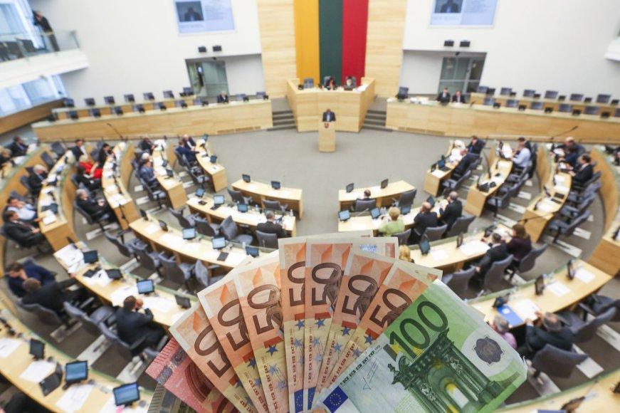 Seimas pirmą kartą svarsto kitų metų biudžetą