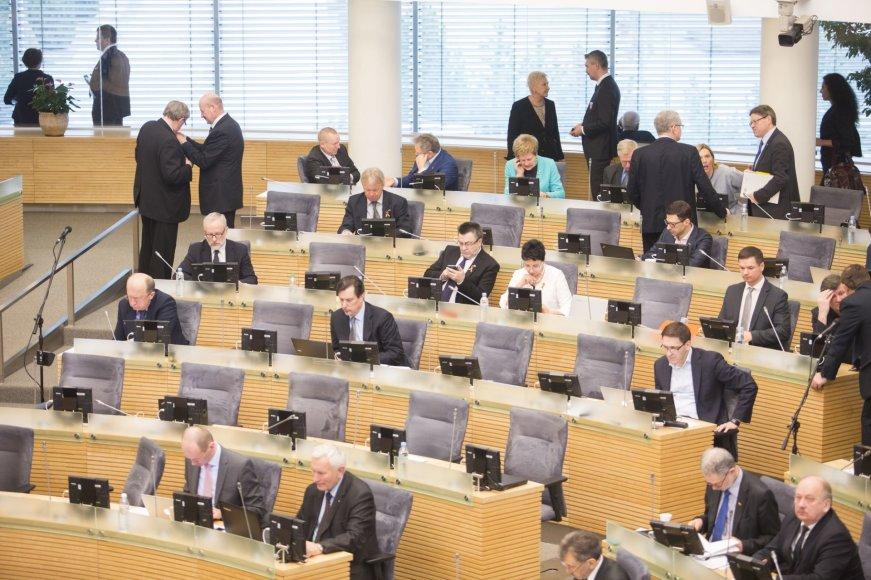 Seimas pradėjo naują sesiją