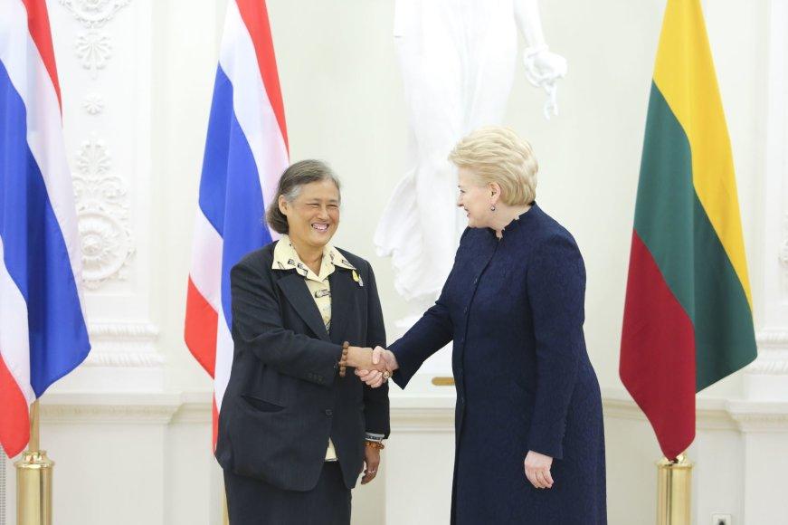 Dalia Grybauskaitė susitiko su oficialaus vizito į Lietuvą atvyksia Tailando princese Maha Chakri Sirindhorn
