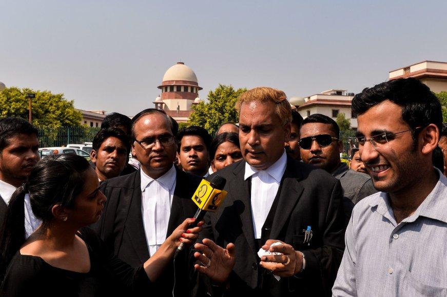 Indijos Aukščiausiasis Teismas paliko galioti mirties nuosprendžius išžaginimo byloje