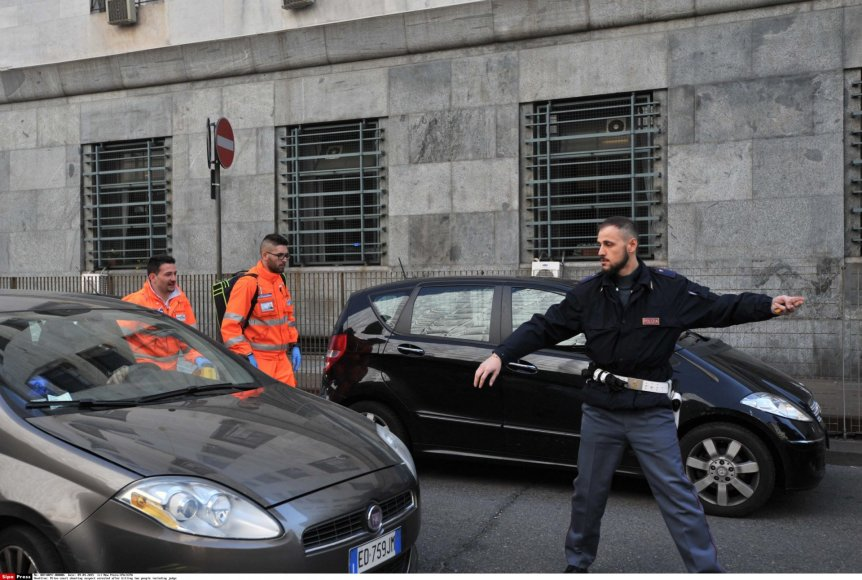 Milano teisme nušauti du žmonės.