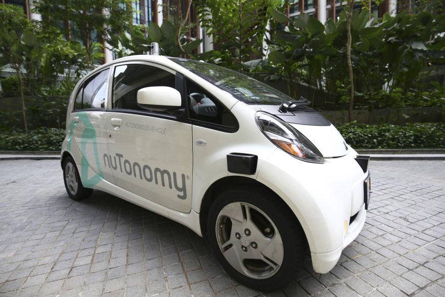 """Bendrovės """"nuTonomy"""" Singapūro autonomiminis taksi"""