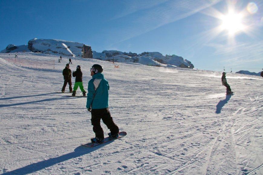 """Priekaištų """"Tez Tour"""" turintys lietuviai atostogavo populiariame Italijos slidinėjimo kurorte Madonna di Campilio"""