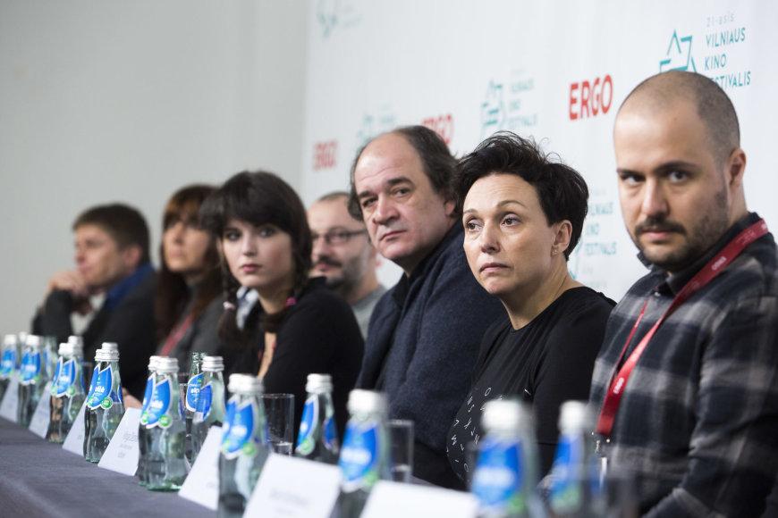 """21-ojo """"Kino pavasario"""" konkursinių programų filmų kūrėjų spaudos konferencija"""