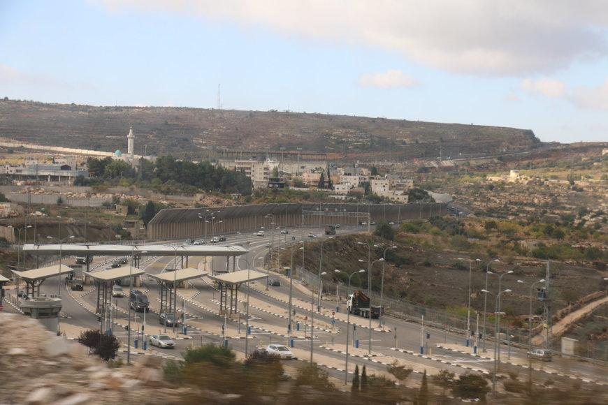 Izraelio nausėdijos Vakarų Krante
