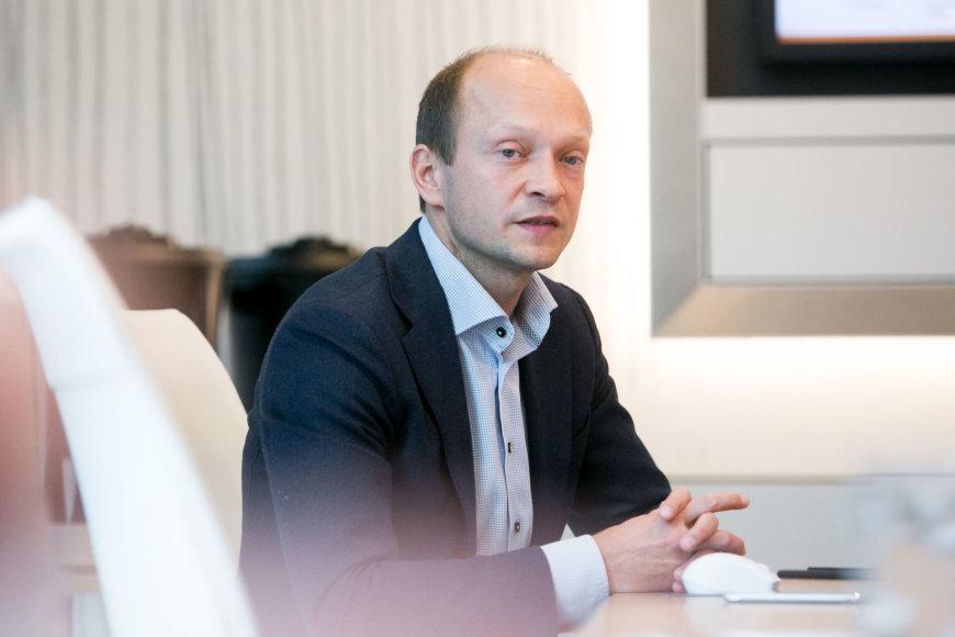 """""""Swedbank"""" vyriausiasis ekonomistas Nerijus Mačiulis"""