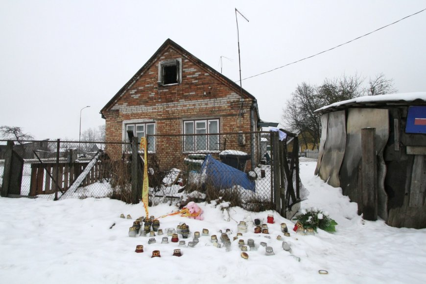 Namas po tragiško gaisro