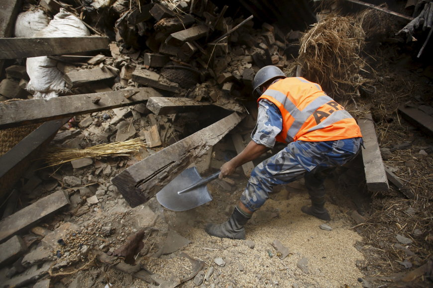 Nepalas po galingo žemės drebėjimo