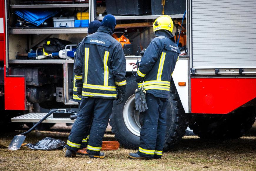 Cheminis incidentas sostinės Žolyno gatvės diaugiabutyje
