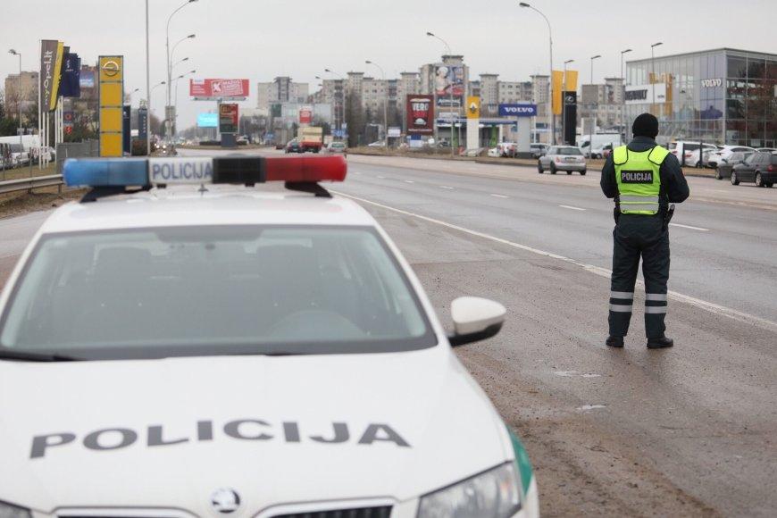 Kaune ieškoma nuo policijos pasprukusio įtariamo vagies
