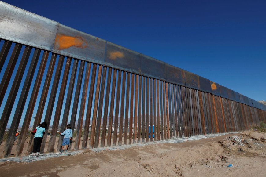 Tvora ties Meksikos ir JAV pasieniu