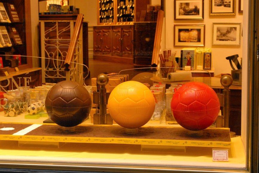 Šokoladas ir futbolas – du Briuselio ir Belgijos turistiniai simboliai