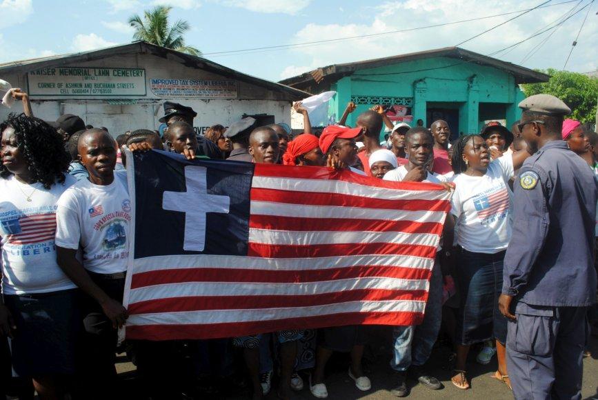 Liberija švenčia Ebolos viruso pabaigą.