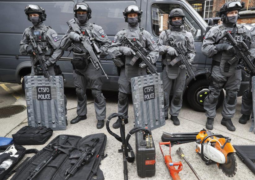 Ginkluotųjų pajėgų pareigūnai