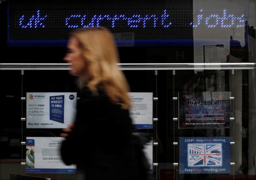 Jungtinėje Karalystėje 80 proc. imigrantų turi darbą.