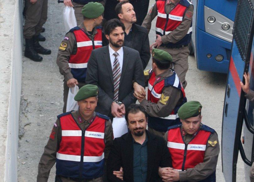 Persversmu kaltinamų kariškių teismas Turkijoje