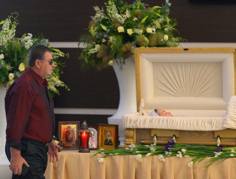 Su Žana Friske atsisveikina jos tėvas Vladimiras