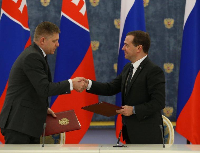 Robertas Ficas ir Dmitrijus Medvedevas