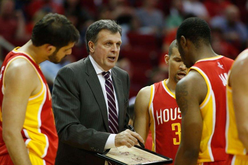 """""""Rockets"""" žaidėjai klausosi Kevino McHale'o"""