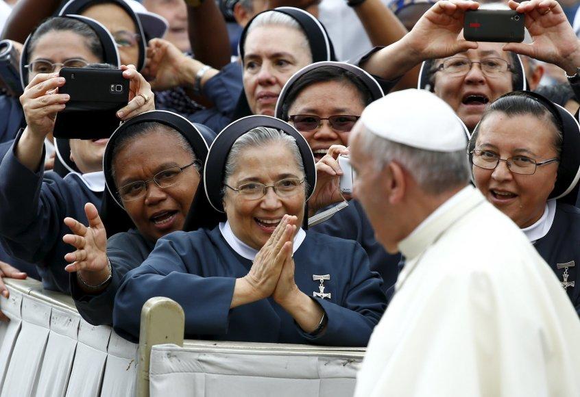 Popiežiaus Pranciškaus didžiausios gerbėjos – vienuolės
