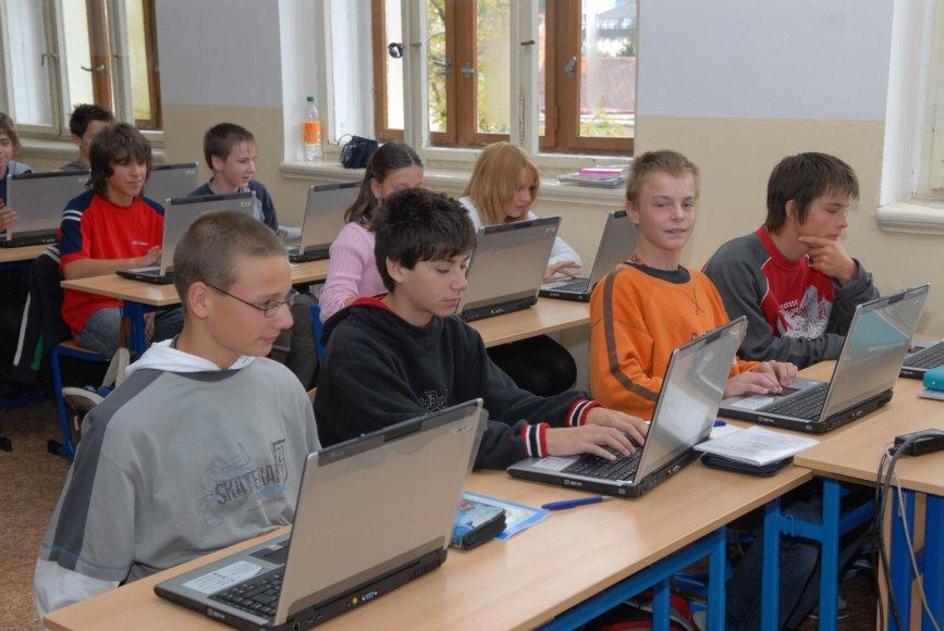Vaikai vienoje Čekijos mokyklų