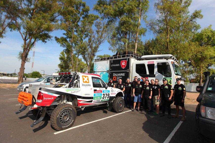 """Antano Juknevičiaus komanda """"Žalvaris-Dakar"""" atvyksta į Buenos Aires"""