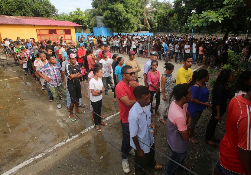 Rytų Timoro gyventojai balsuoja rinkimuose