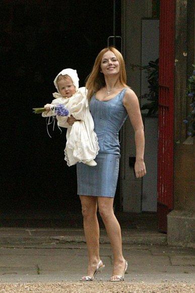 Geri Halliwell su dukra