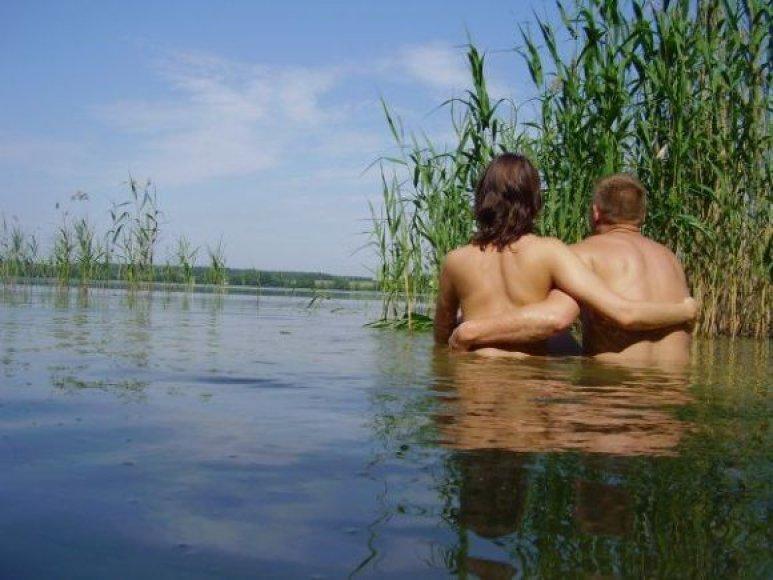 Bikini porelė. Tatjana ir Dmitrijus be bikinių.