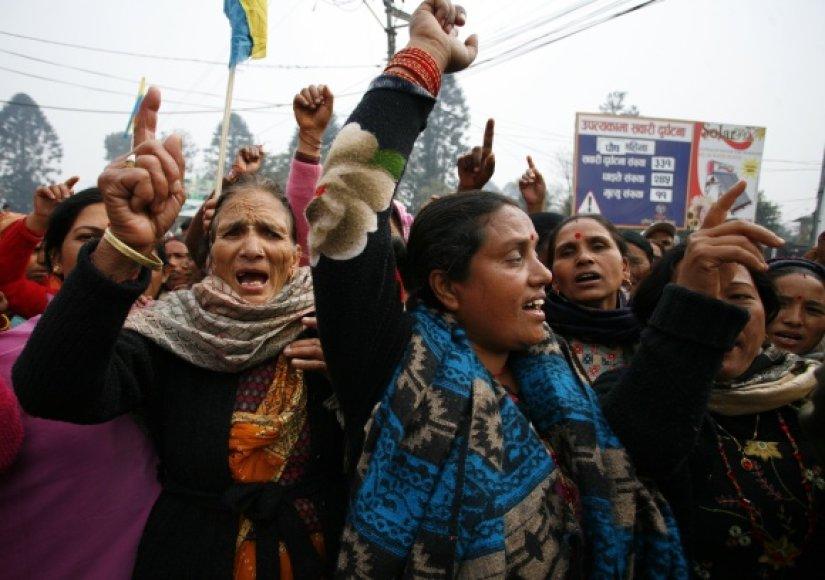 Rojalistų streikas Nepalo sostinėje Katmandu