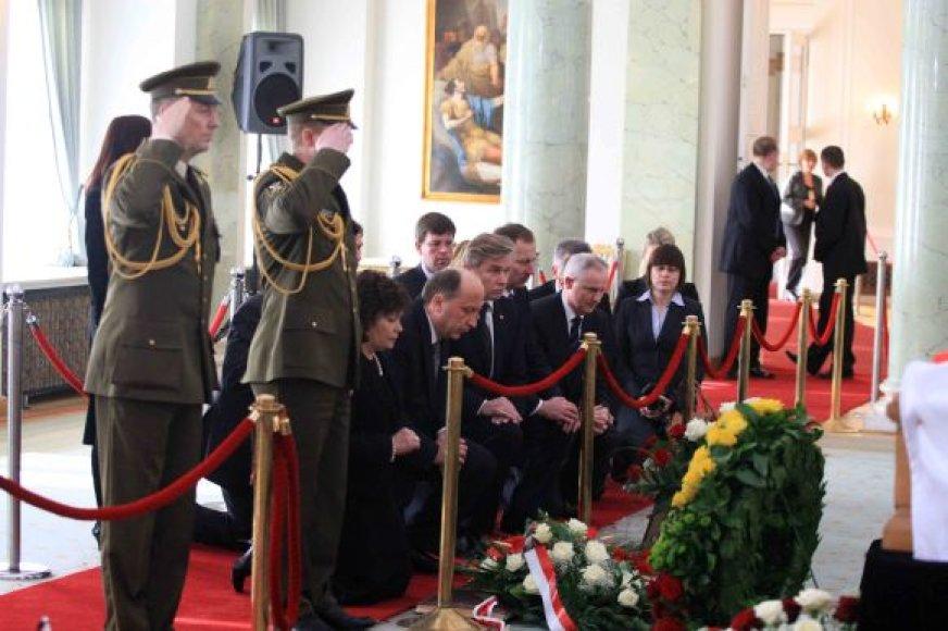 Atsisveikinimas Prezidentūroje su L.Kaczynskiu
