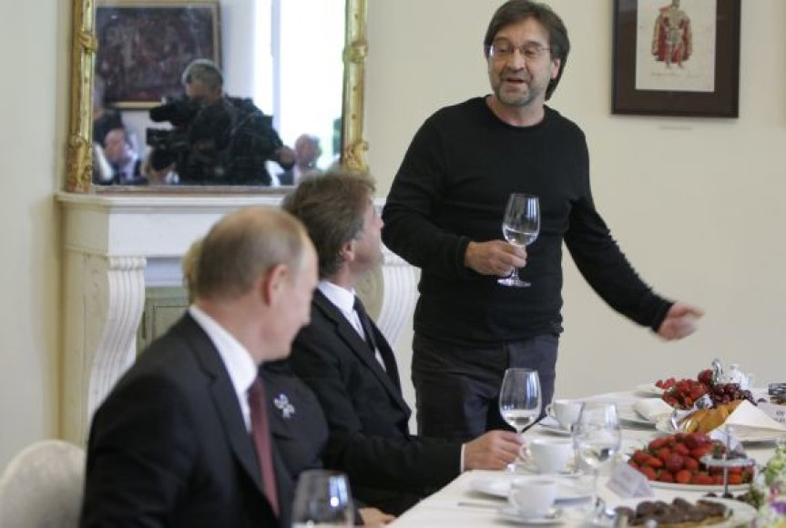 Jurijus Ševčiukas (DDT) labdaros renginyje