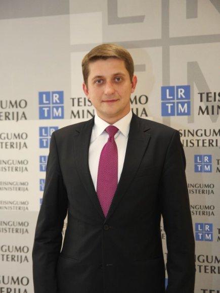 M.Kalvaitis
