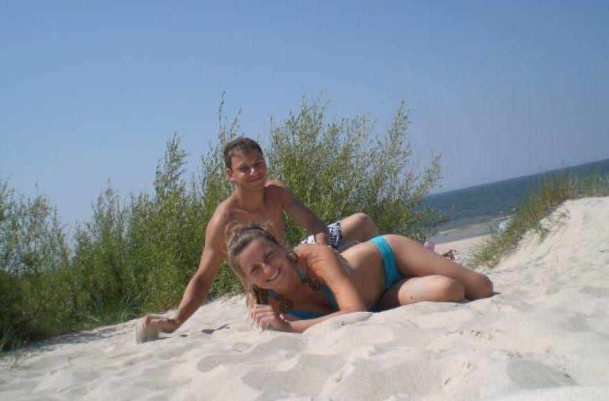 Vaidas ir Laura, bikini porelė