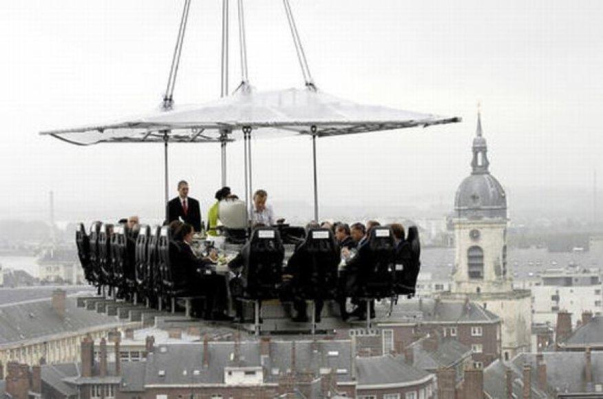 """Dinner in the sky"" restoranas"