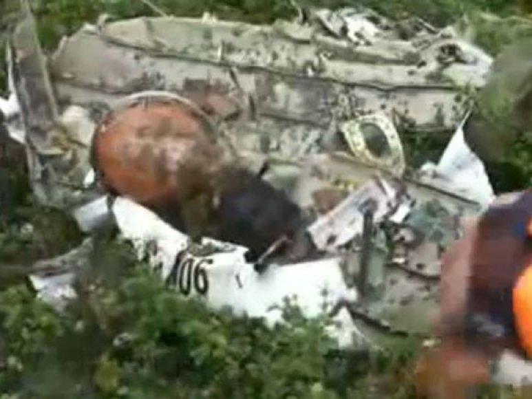 An-12 katastrofos vietoje