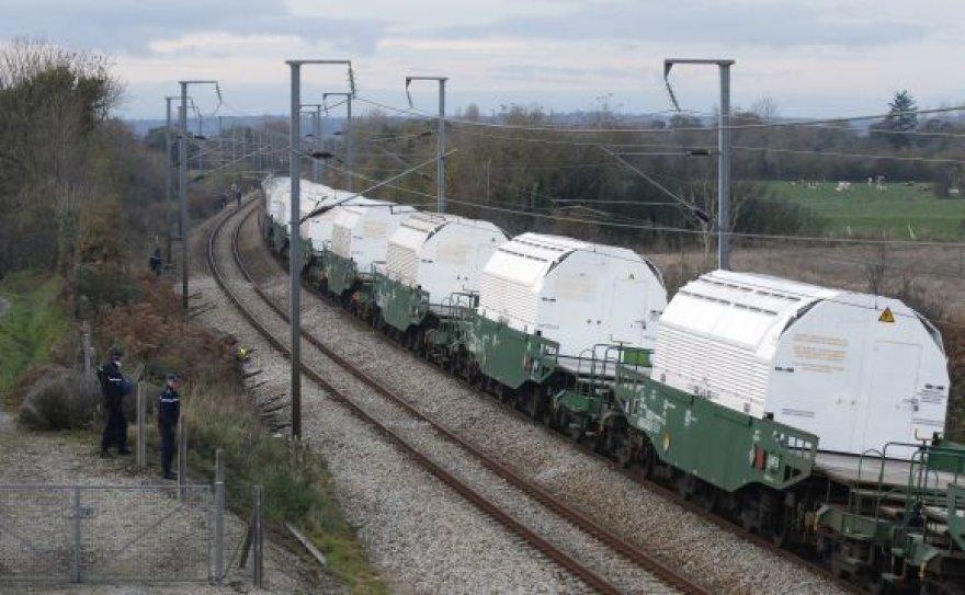 Traukinys su radioaktyviomis atliekomis