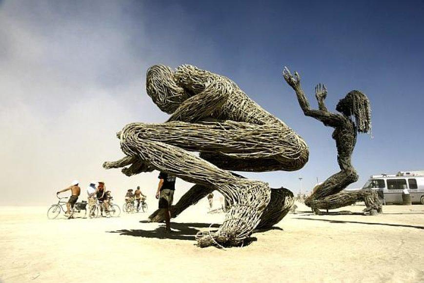 Viena iš festivalio Nevados dykumoje akimirkų.