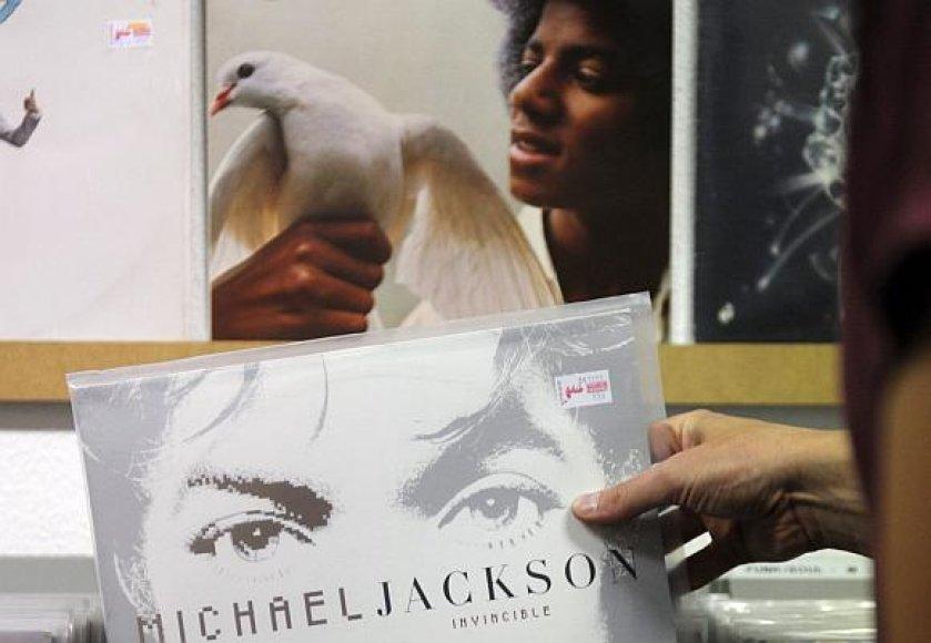 Pasaulyje parduota daugybė milijonų Michaelo Jacksono albumų.