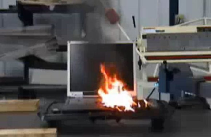 Degantis nešiojamasis kompiuteris