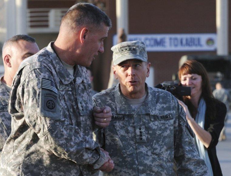 Davidas Petraeusas atvyko į Afganistaną.