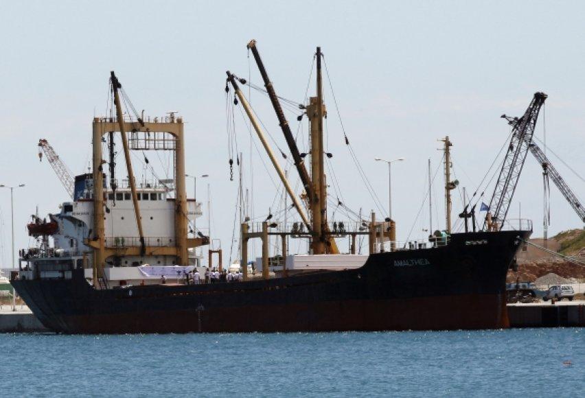 """""""Amalthea"""" įgula nusprendė neplaukti į Gazos ruožą, bet savo krovinį iškrauti Egipte."""