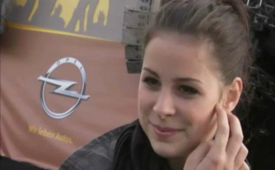 """Lena Meyer-Landruf nuo šiol bus """"Opel"""" reklamos veidas."""